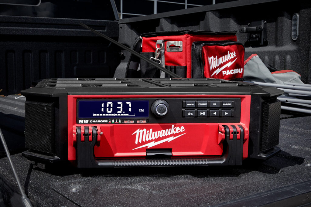 2021_PM_Milwaukee_Packout-Radio_M18PRCDAB